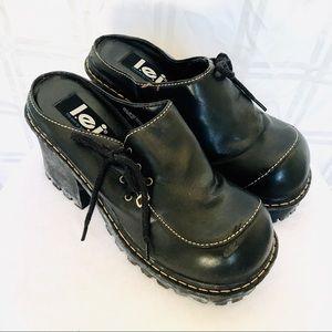 Vintage Y2K 90s L.E.I. heel platform chunky shoes